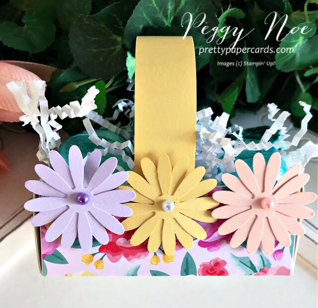 Handmade Paper Daisy Spring Basket using Stampin' Up! products created by Peggy Noe prettypapercards.com #easterbasket #easter #basket #daisies #daisypunch