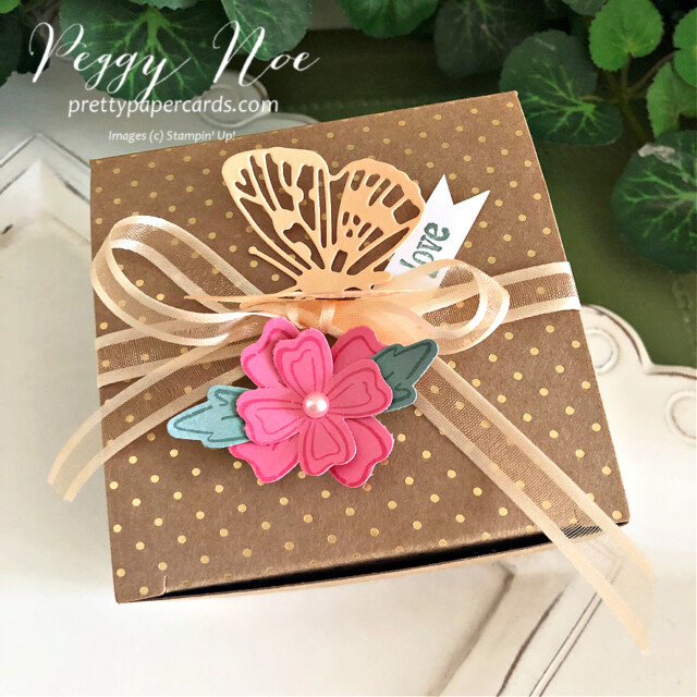 Simply Classic Gold Treat Box by Stampin' Up! by Peggy Noe of Pretty Paper Cards #simplyclassictreatbox #goldtreatbox #tinytreatbox #tinygoldtreatbox #stampinuptinytreatbox #stampinupgoldtreatbox #peggynoe #prettypapercards
