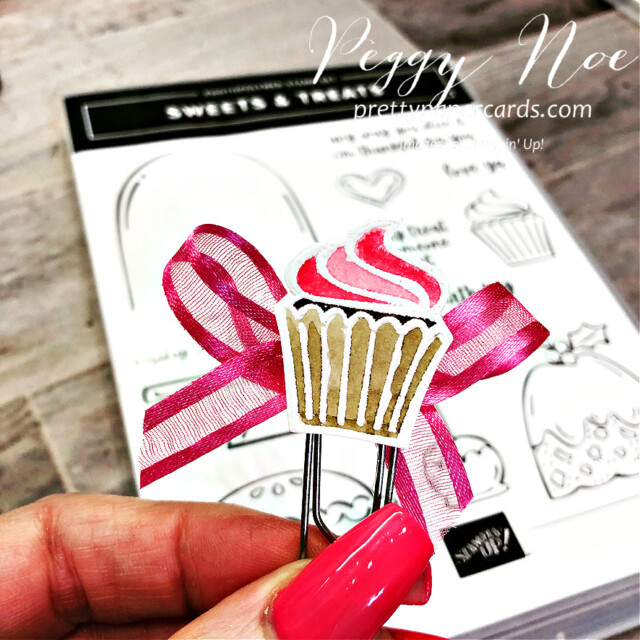Handmade paperclip/bookmark made with the Sweets & Treats Stamp Set from Stampin' Up! created by Peggy Noe of Pretty Paper Cards #sweets&treats #cupcakebookmard #cupcakepaperclip #tinycupcake
