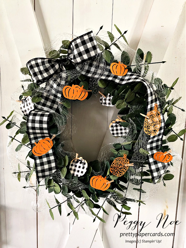 Handmade Fall Wreath made with Stampin' Up! Pretty Pumpkin Bundle designed by Peggy Noe of Pretty Paper Cards #wreath #fallwreath #prettypumpkins #peggynoe #prettypapercards