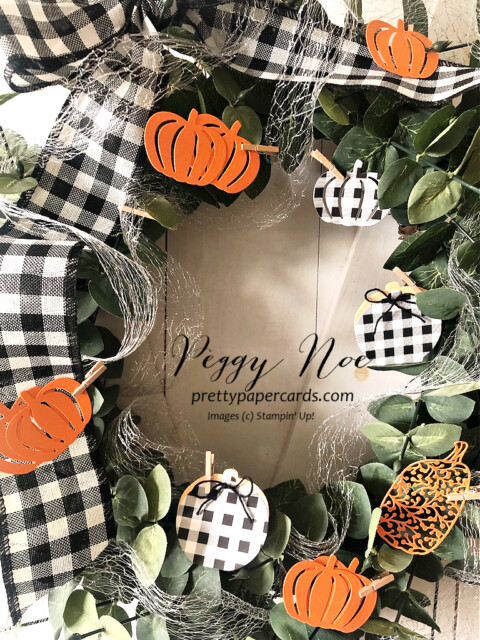 Handmade Fall Wreath made with Stampin' Up! Pretty Pumpkin Bundle designed by Peggy Noe of Pretty Paper Cards #wreath #fallwreath #prettypumpkins #peggynoe #prettypapercards #pumpkinwreath #detailedpumpkindies #buffalochecked