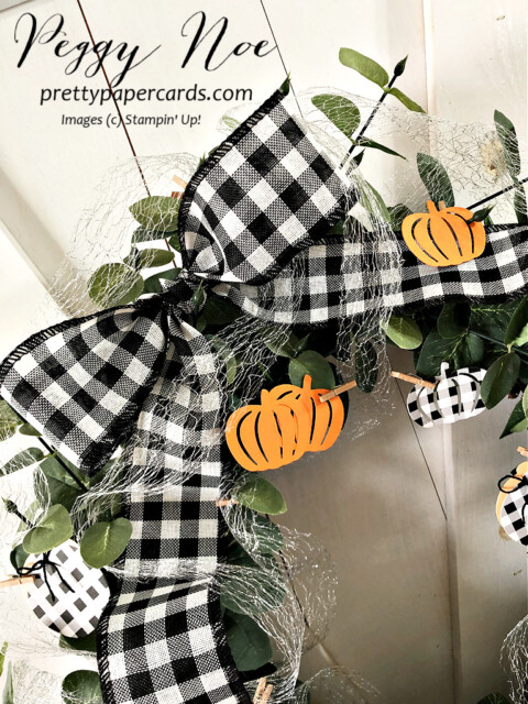Handmade Fall Wreath made with Stampin' Up! Pretty Pumpkin Bundle designed by Peggy Noe of Pretty Paper Cards #wreath #fallwreath #prettypumpkins #peggynoe #prettypapercards #pumpkinwreath #detailedpumpkindies #buffalocheck