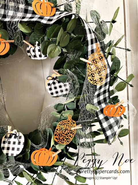 Handmade Fall Wreath made with Stampin' Up! Pretty Pumpkin Bundle designed by Peggy Noe of Pretty Paper Cards #wreath #fallwreath #prettypumpkins #peggynoe #prettypapercards #pumpkinwreath